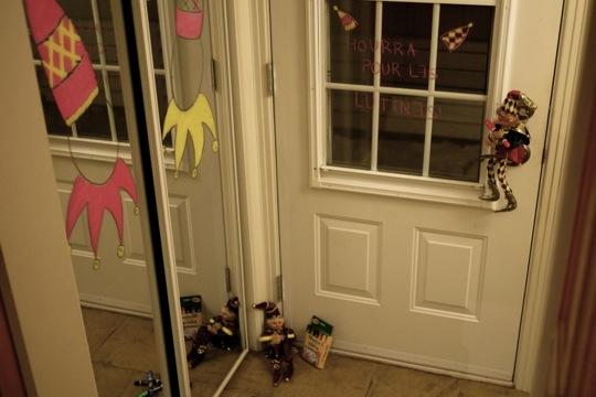 Jour 7: «Et si tu étais une lutine?» Des dessins dans le miroir permettent de se transformer en lutin.
