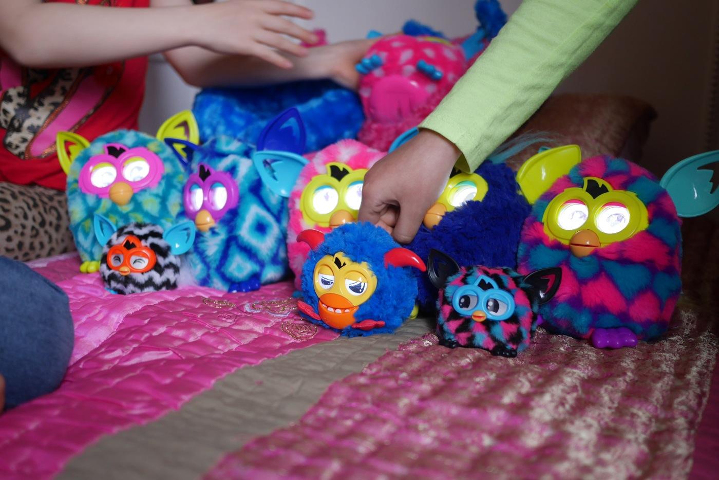 Rassemblement Furby sur la doudou!