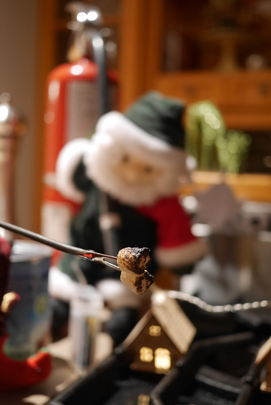 Père Noël et extincteur