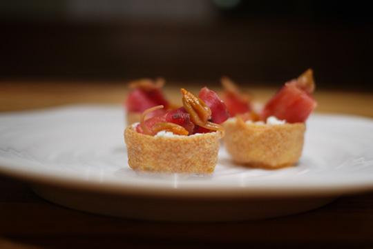 Recette bouch es au saumon fum et c pres florales for Hors d oeuvre avec saumon fume