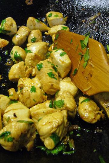 Bouchées de poulet à l'érable et à la coriandre