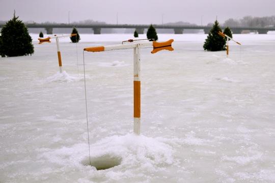 Les lignes pour la pêche sur olkh donetsk