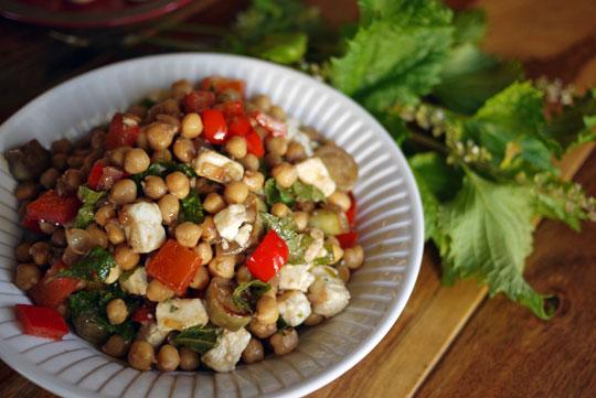 Chouette salade de pois chiches, aubergines et feta