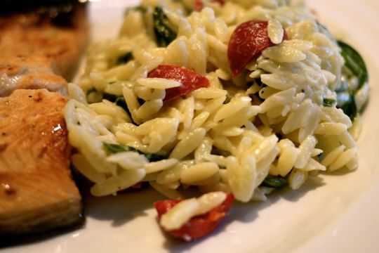 Orzo aux épinards et au fromage