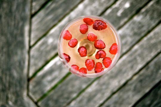 Rosé aux fraises des champs