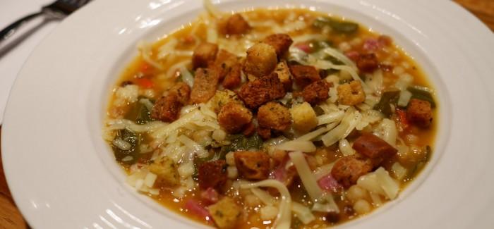 Soupe «touski» d'automne: cuisinée avec beaucoup d'amour… et de restes!