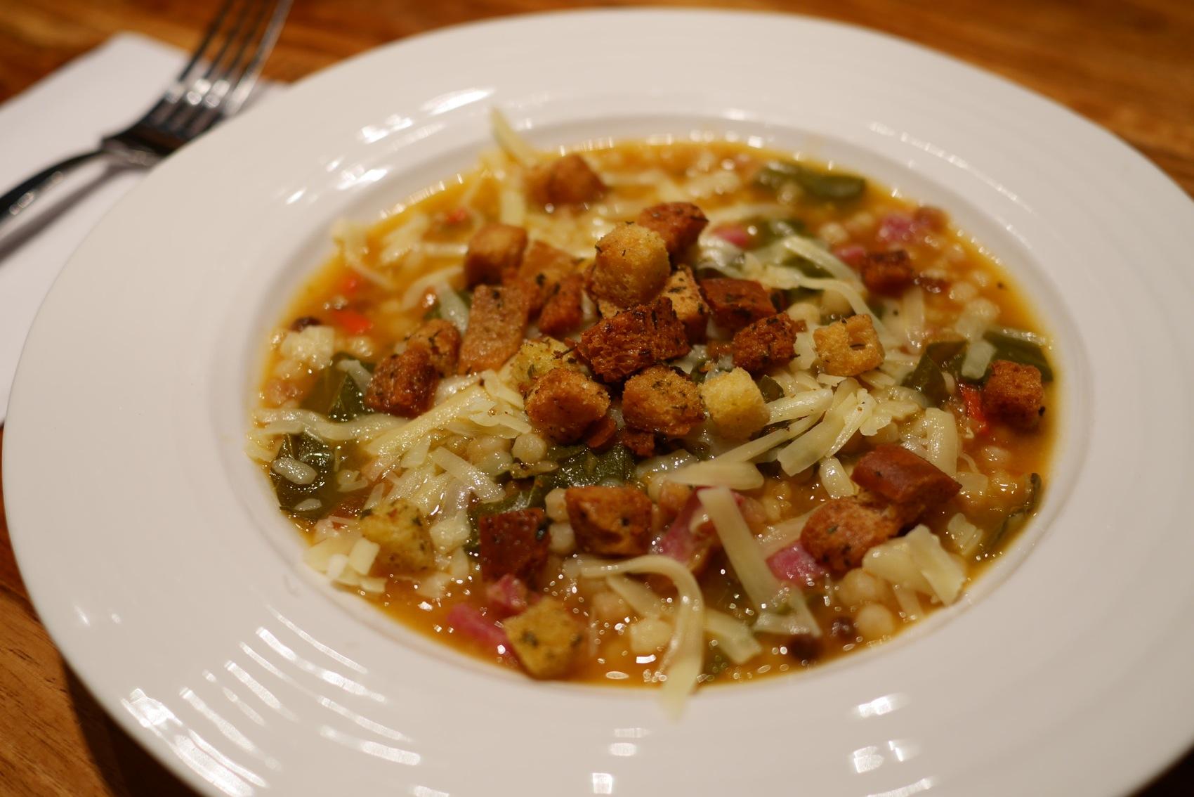 """Une soupe """"touski"""": cuisinée avec beaucoup d'amour... et de restes!"""
