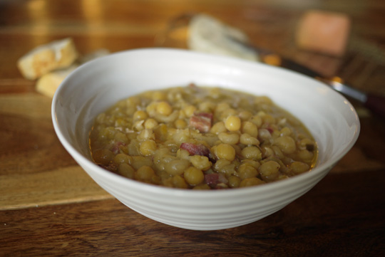 Soupe aux pois revisitée (au panais et à la pancetta)